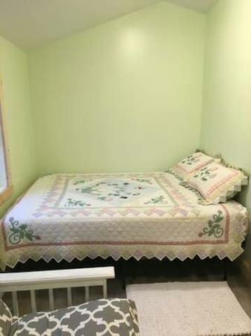 Small bedroom for two - Long Beach - Rumah