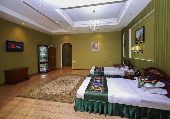 """Auris Park Hotel """"Ориё"""""""