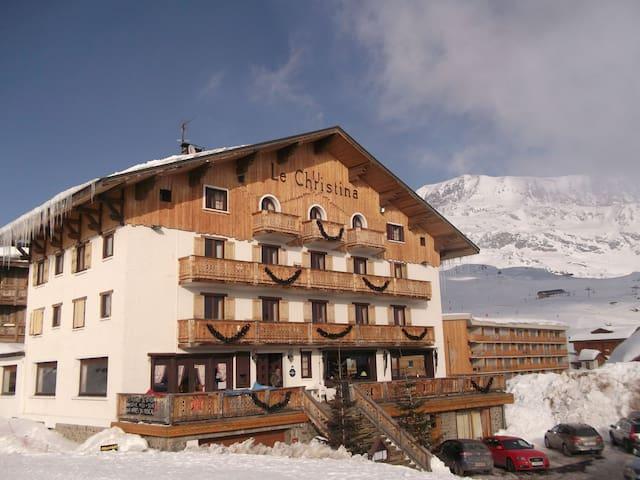 Chambre pour 2 près des Pistes   Skiez sur les pistes françaises