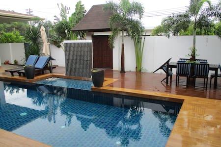 Poolside Villa - Blue Room - Phuket - Villa