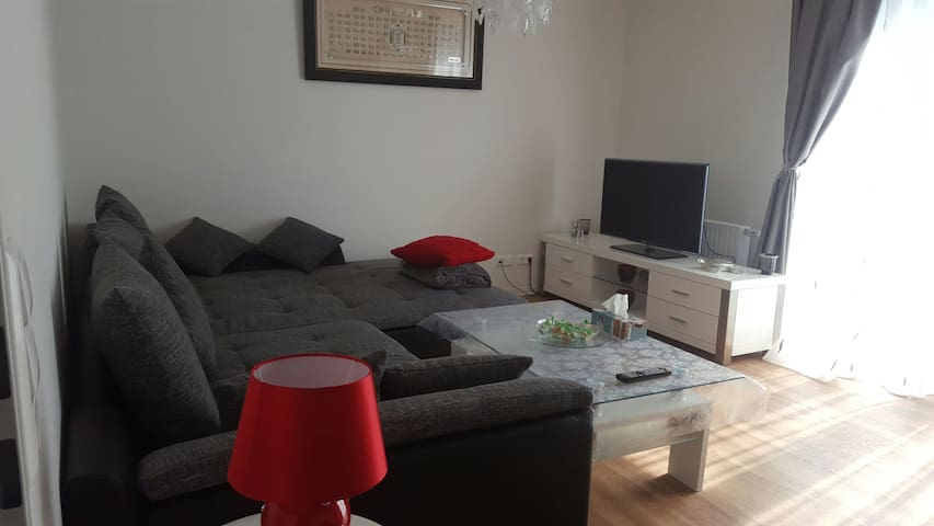 Appartment close to the airport - Hamburg - Apartment