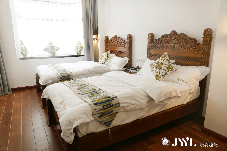 东南亚别志双人床房