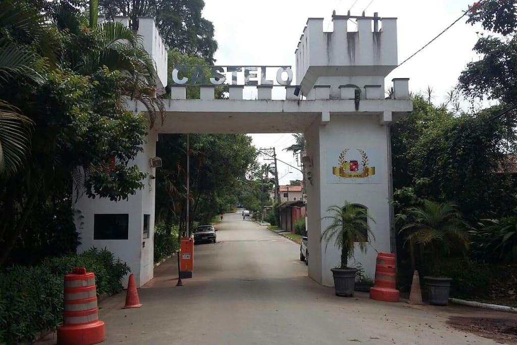 Entrada do Condomínio