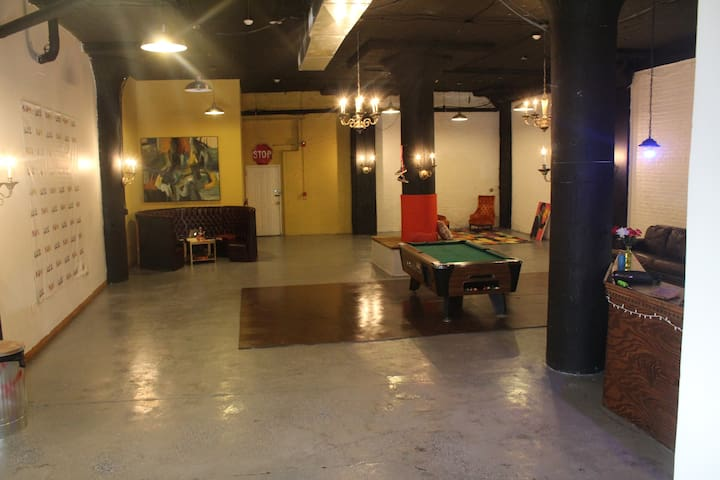 B.YOU Society Loft Space for Private Events - Philadelphia - Loft