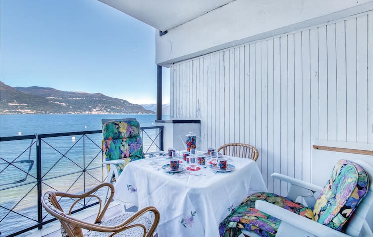 Holiday apartment with 2 bedrooms on 60m² in Porto Valtravaglia