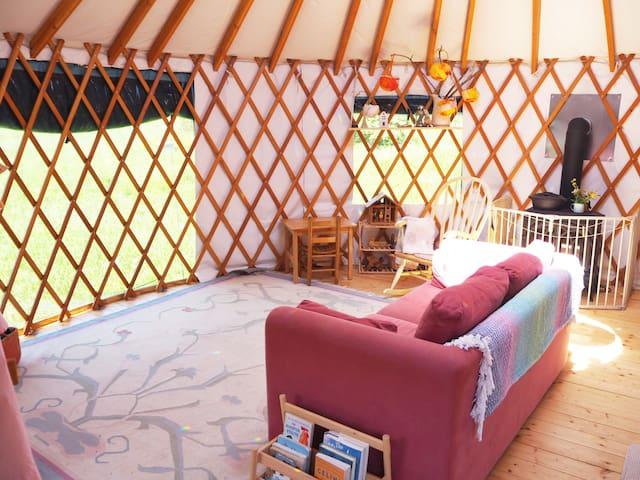 Meadowsweet Cottage Yurt