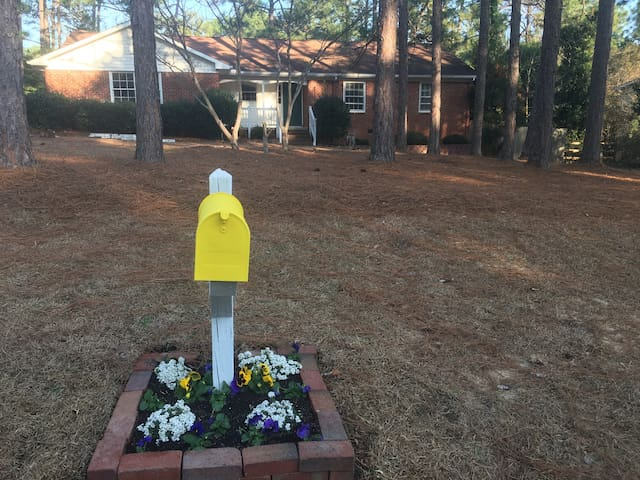 Simple Southern Pines 3BR/2BA - Southern Pines - House