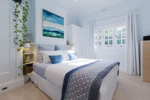 ECO Friendly, Bright and Peaceful Oasis near Manly