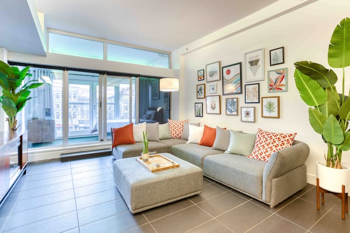 ☀️ Modern New York Loft ☀️ Gastown-2bdrm/1bath/1park