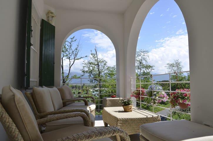 Villa Porto sul magra rosa - Ameglia