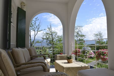 Villa Porto sul magra rosa - Ameglia - 別荘