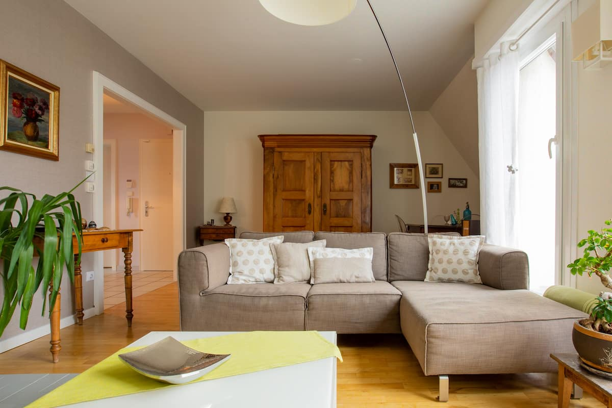 Bel appartement,75m2 avec jolie chambre romantique
