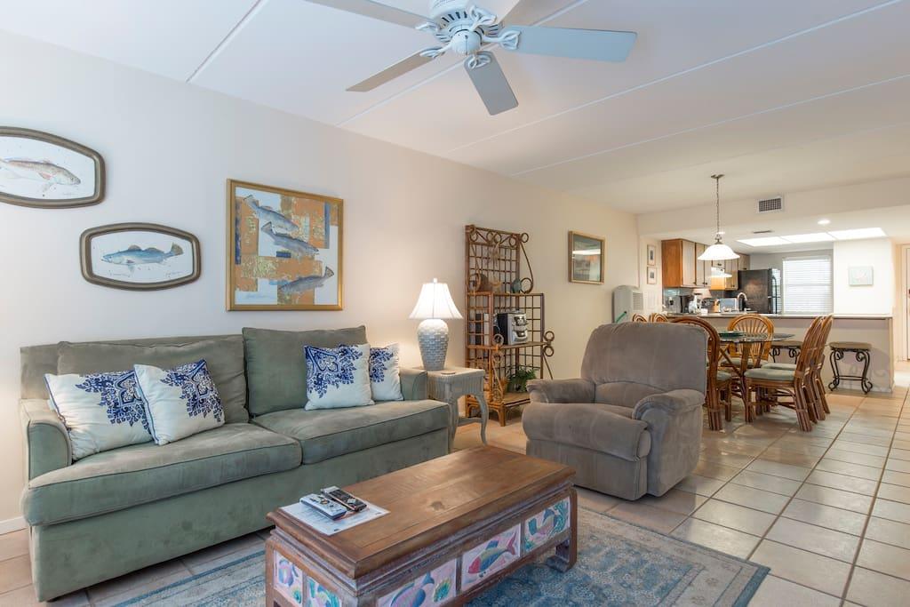 Living Area With Sofa Sleeper