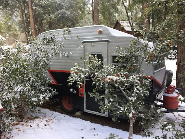 Sweet Betsy in the snow! A little heater and cozy blankets will keep you warm at night.