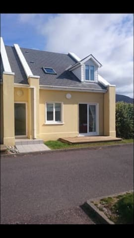 Ceann Sibeal, Dingle. - Ballyferriter - Huis
