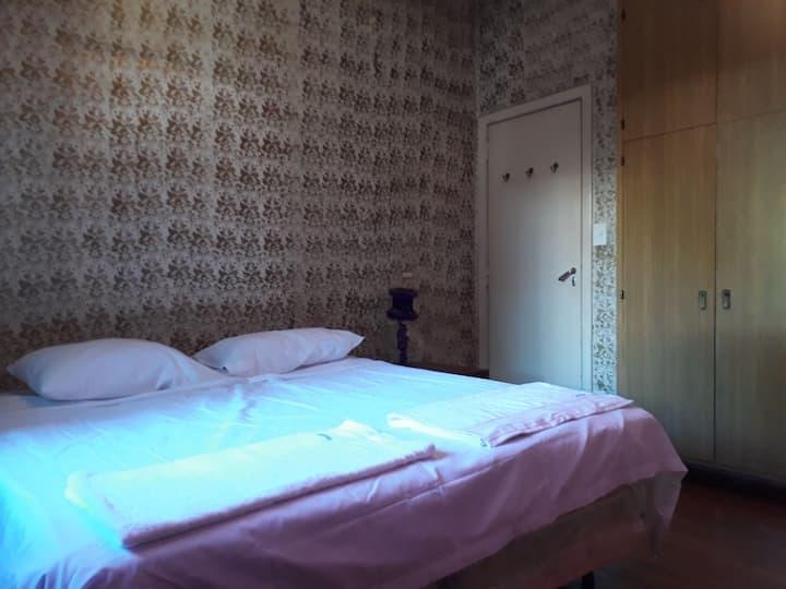 Habitación privada con baño privado en Palermo H