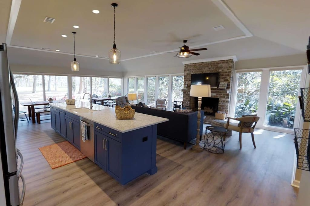 Gourmet Kitchen opens to Family Room and Dining room with spectacular golf course views.
