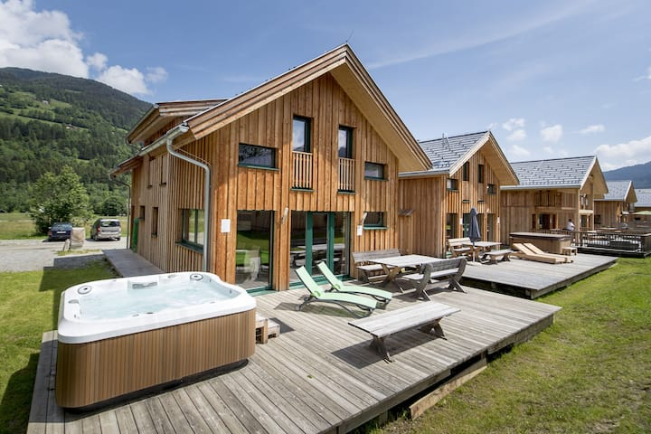 Modern Wooden Chalet in Sankt Georgen ob Murau with Sauna
