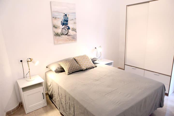 10.M. Apartamento perfecto para vivir en Sevilla.