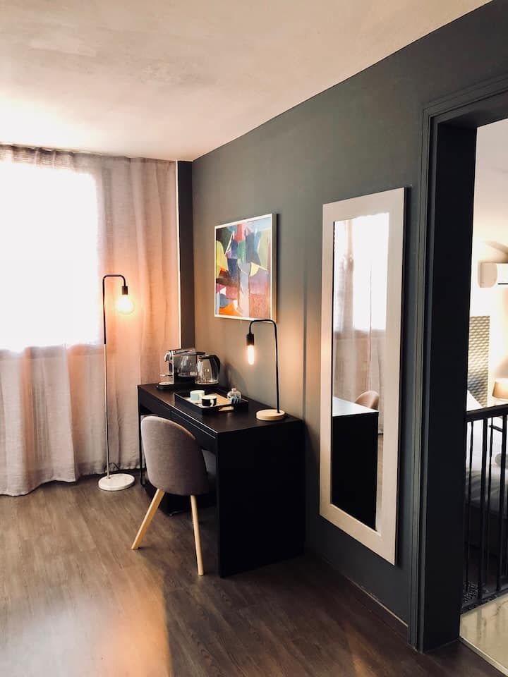 Room 33 - Lush suite with breathtaking view