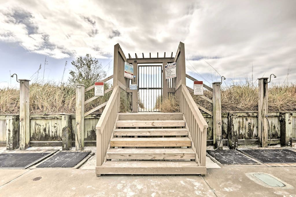 On the property you'll have access to a beach side community pool, tennis courts, grilling area and more.