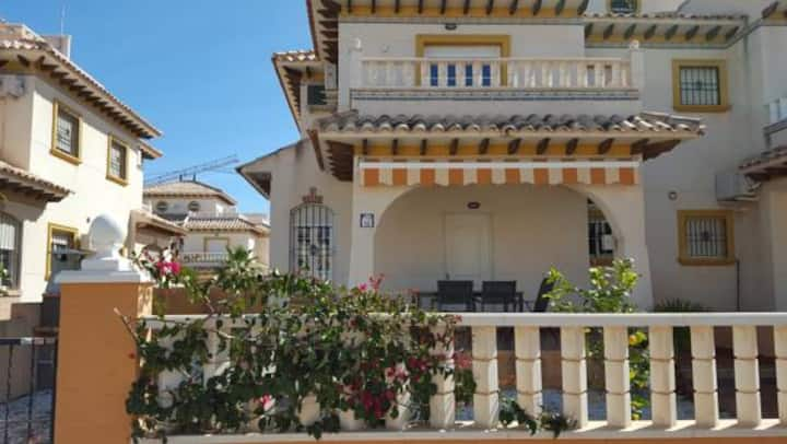 Casa Cabo Rogi