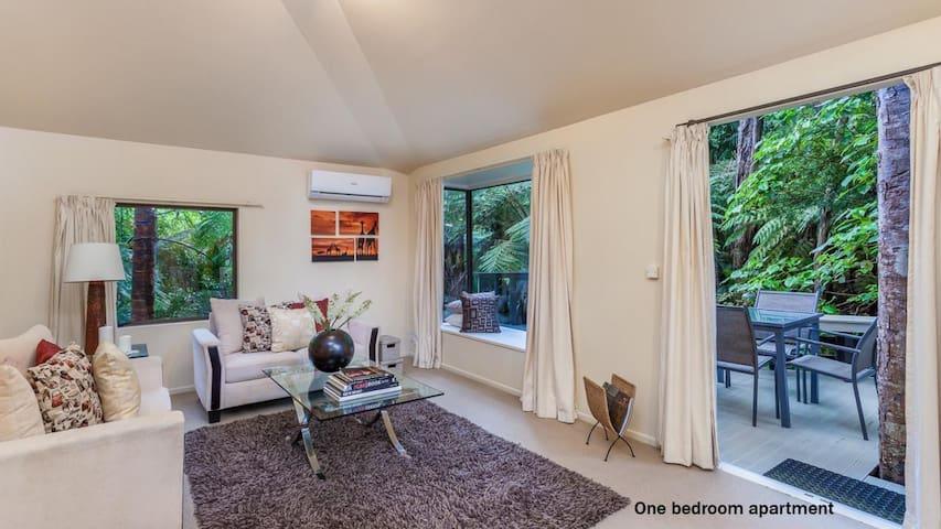 Quintessential Titirangi Apartment - Auckland - Lägenhet