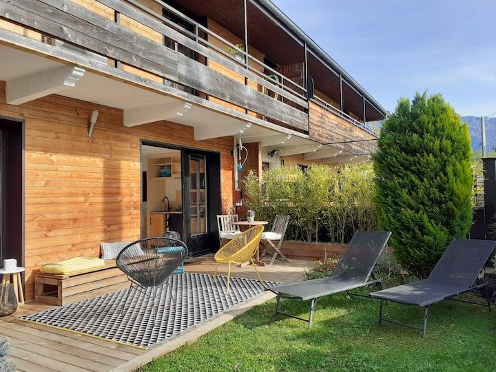 A 300 m du lac d'Annecy, un petit coin de paradis