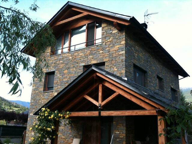 Habitación  suite en xalet en Sort - Sort - Chalé