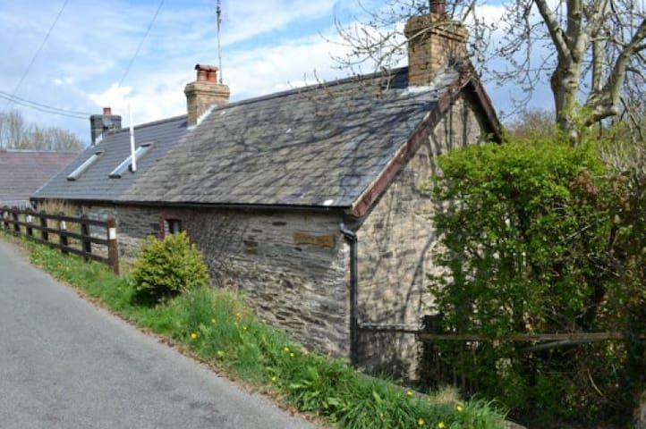 Abercych, Pembrokeshire