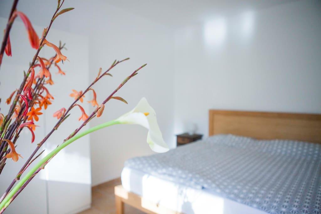 Schlafzimmer/ Sleeping room