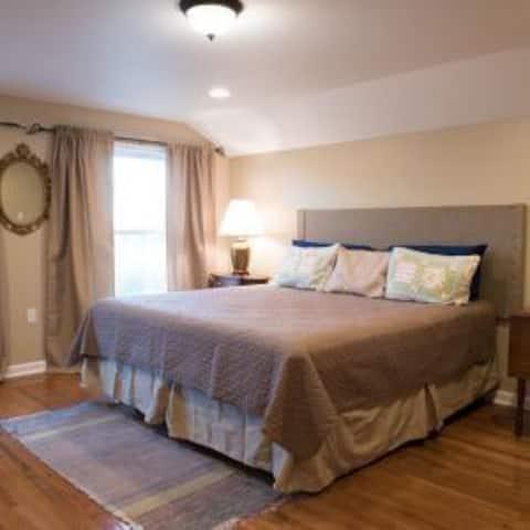 Healing Rain Spa bed and breakfast room 3