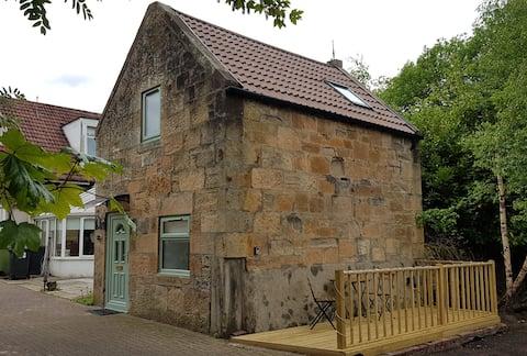 Bela casa ao ar livre a 6 minutos do Centro da Cidade de Glasgow