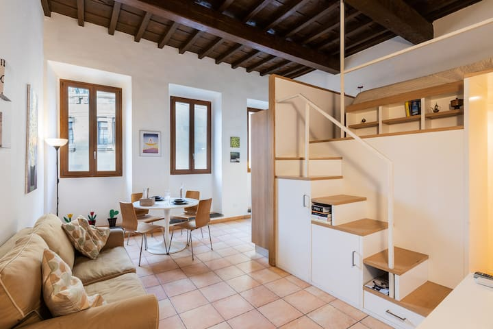Santa Croce & Tanner's Loft
