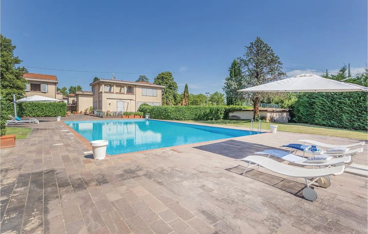 Holiday cottage with 3 bedrooms on 170m² in Arezzo -AR-
