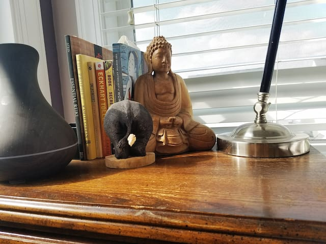 Oil diffuser and literature to make your space as comfortable as your own home.