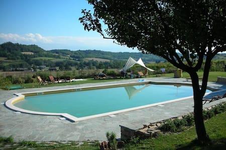 Casa Laura in complesso con piscina