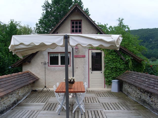 Gite la Terrasse - Saint Pierre Toirac - Haus