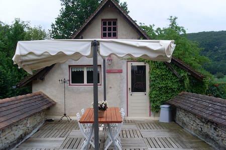 Gite la Terrasse - Saint Pierre Toirac - House
