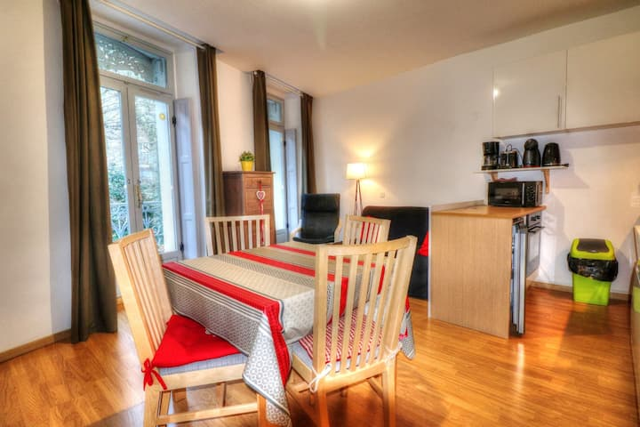Apartment with 2 bedrooms in Bagnères-de-Luchon, with wonderful lake view, furnished balcony and WiFi - 200 m from the slopes