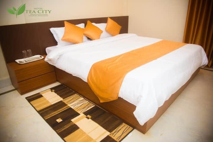 Homestay by Tea City - Luxury Redefined(Mayodia)