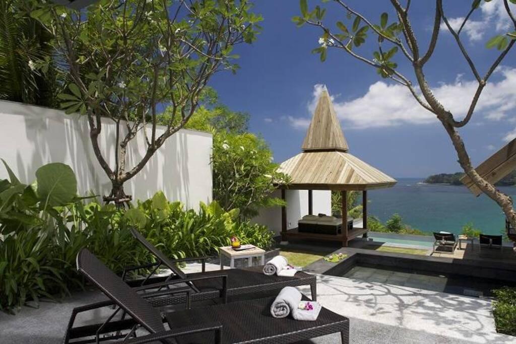 Massage sala and sundeck