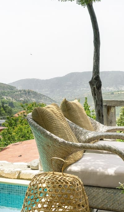 Amazing views of the valley from the deck