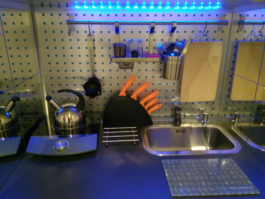 Aneks kuchenny z pełnym wyposażeniem