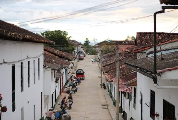 Calle pueblo de Guadalupe