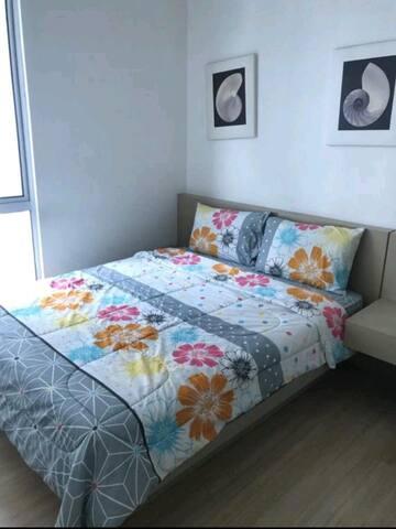 Private Room in Aston Kiara 3 Luxury Condo