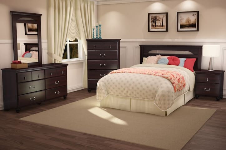 Comfortable luxurious Bedroom in Lewisville - Lewisville - Lejlighed