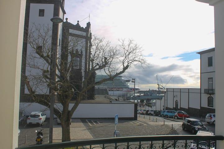 São Pedro Apartamento T1 (frente às Portas do Mar)