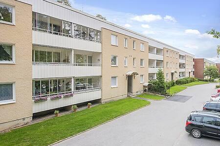 Room 10 mins from Arlanda - Upplands Väsby