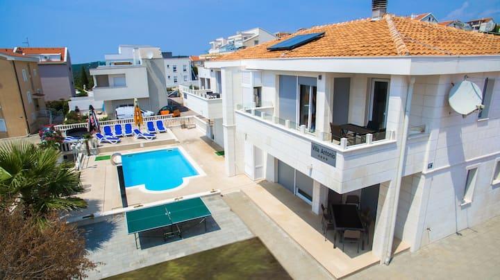 Villa Antonio Novalja 2